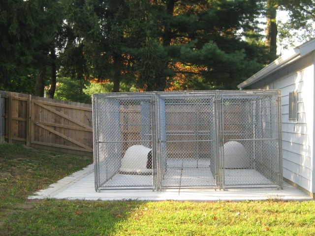 Summer Kennel Side